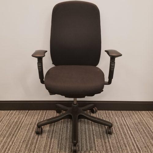Teknion Amicus Task Chair